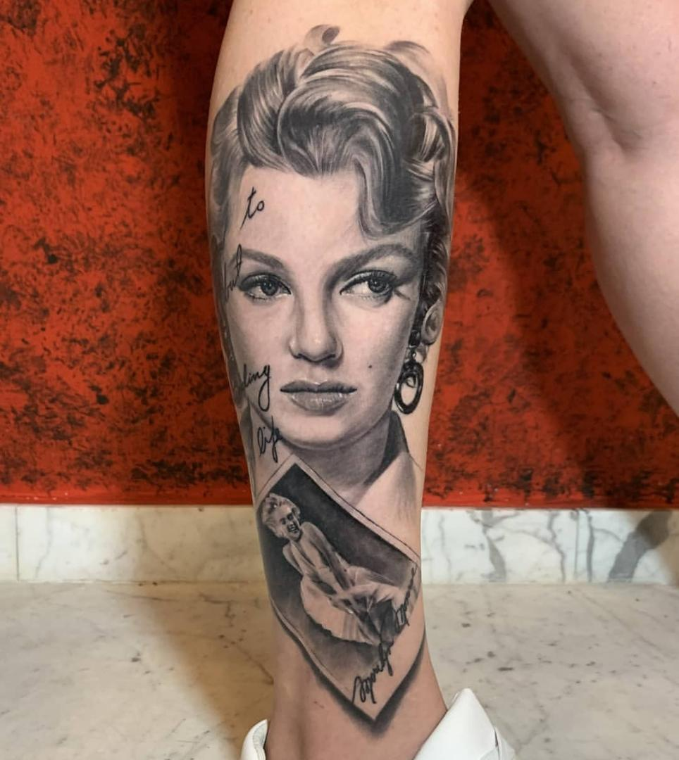 Marilyn Monroe on calf